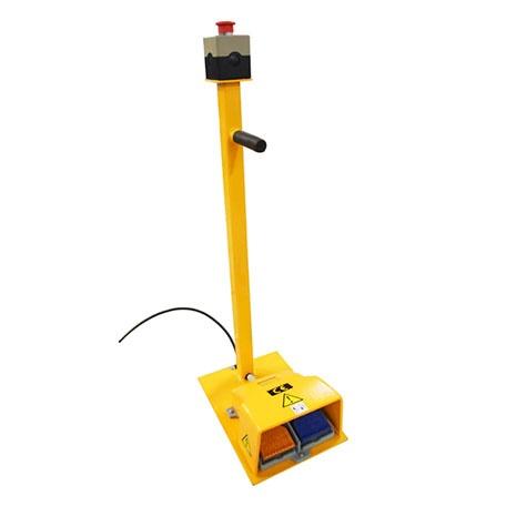 Fotpedal till elektriskt lyftbord -